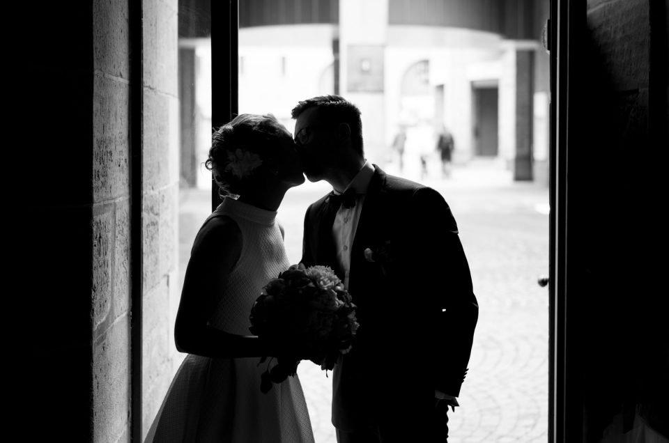 Hochzeitsfotograf unterwegs mit Verena und Tobias im Goldbergwerk Fellbach
